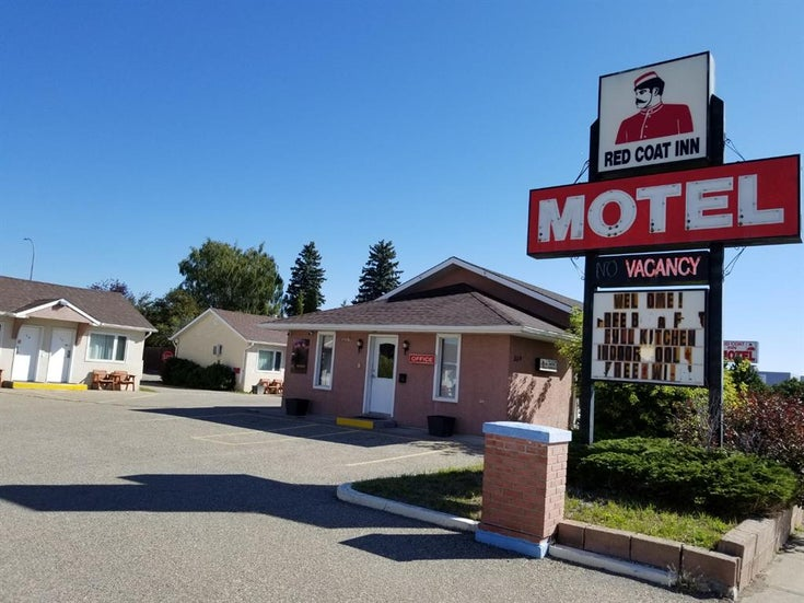 359 24 Street - Other Hotel/Motel for sale(A1148012)