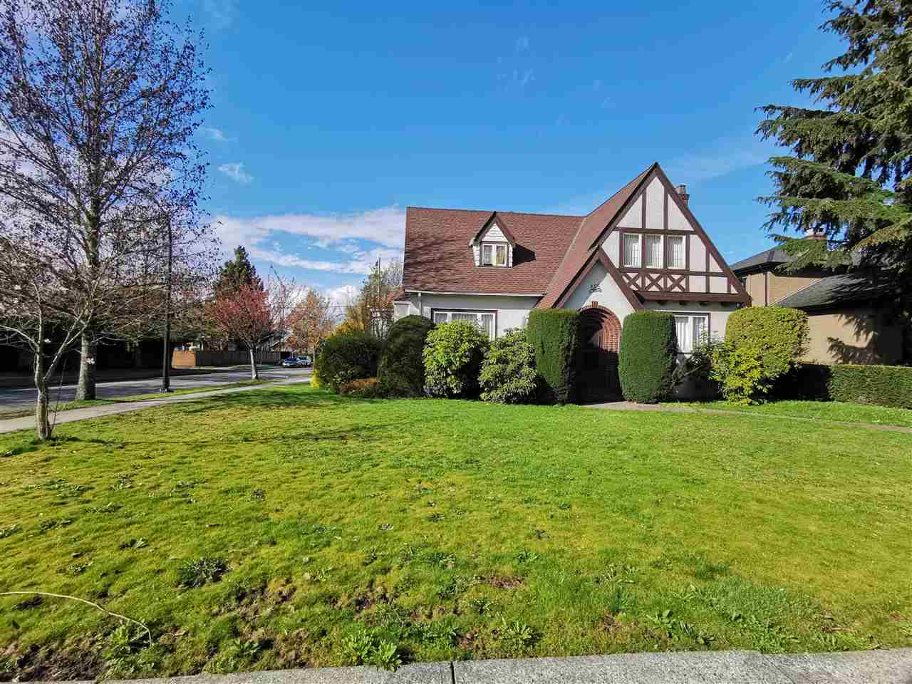 595 W 28TH AVENUE - Cambie House/Single Family for sale, 4 Bedrooms (R2357773) - #1