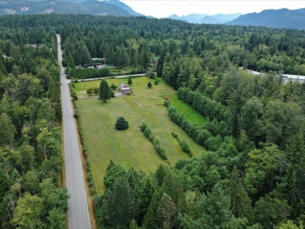 12162 ROLLEY LAKE STREET - Stave Falls House with Acreage for sale, 3 Bedrooms (R2388736)