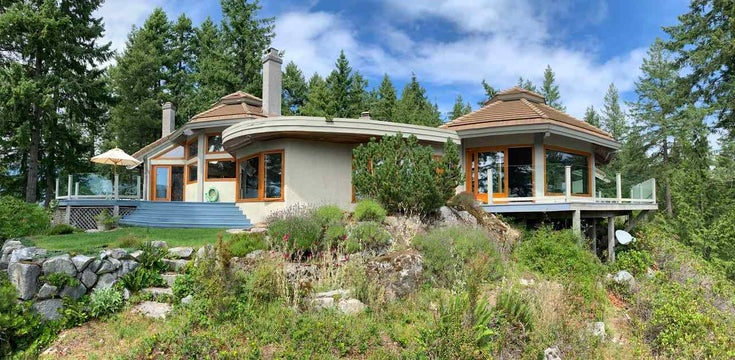 2388 GAMBIER ROAD - Gambier Island House with Acreage for sale, 3 Bedrooms (R2392868)