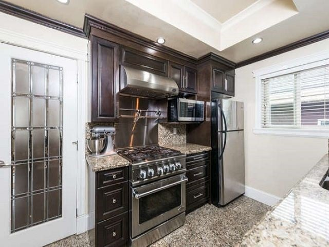 7778 NURSERY STREET - Burnaby Lake House/Single Family for sale, 8 Bedrooms (R2393121) - #10