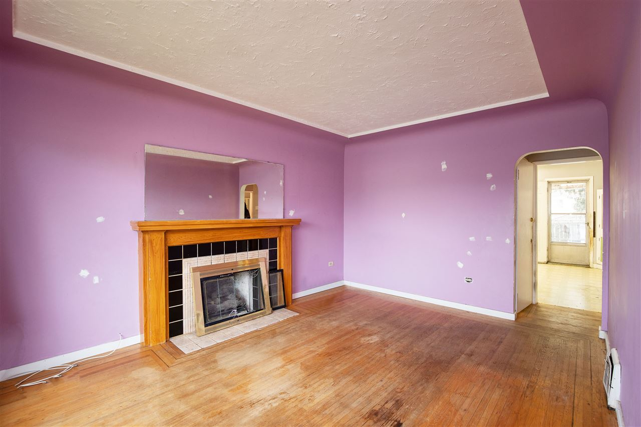 6751 KNIGHT STREET - Knight House/Single Family for sale, 2 Bedrooms (R2414244) - #2