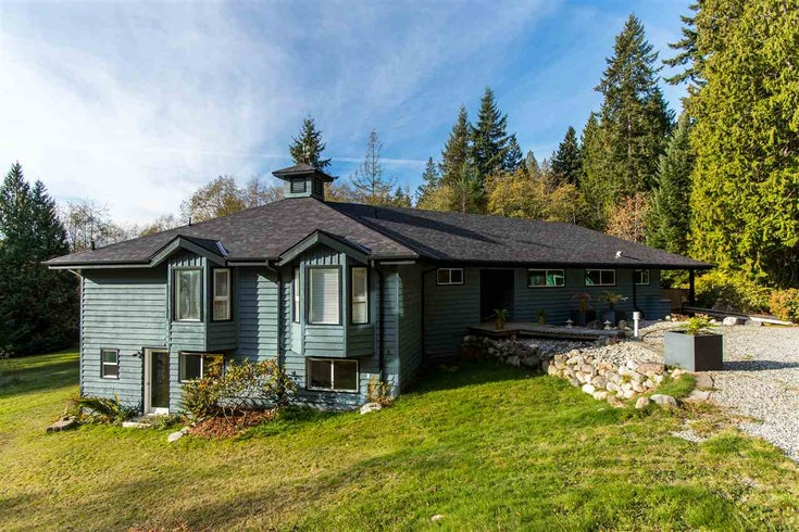 3037 GRAUMAN ROAD - Roberts Creek House with Acreage for sale, 4 Bedrooms (R2417460)