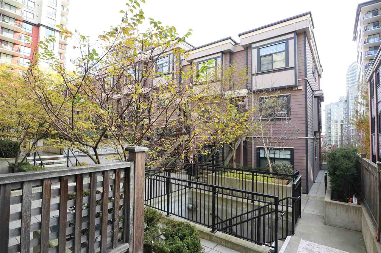 108 828 ROYAL AVENUE - Downtown NW Townhouse for sale, 2 Bedrooms (R2418154) - #18