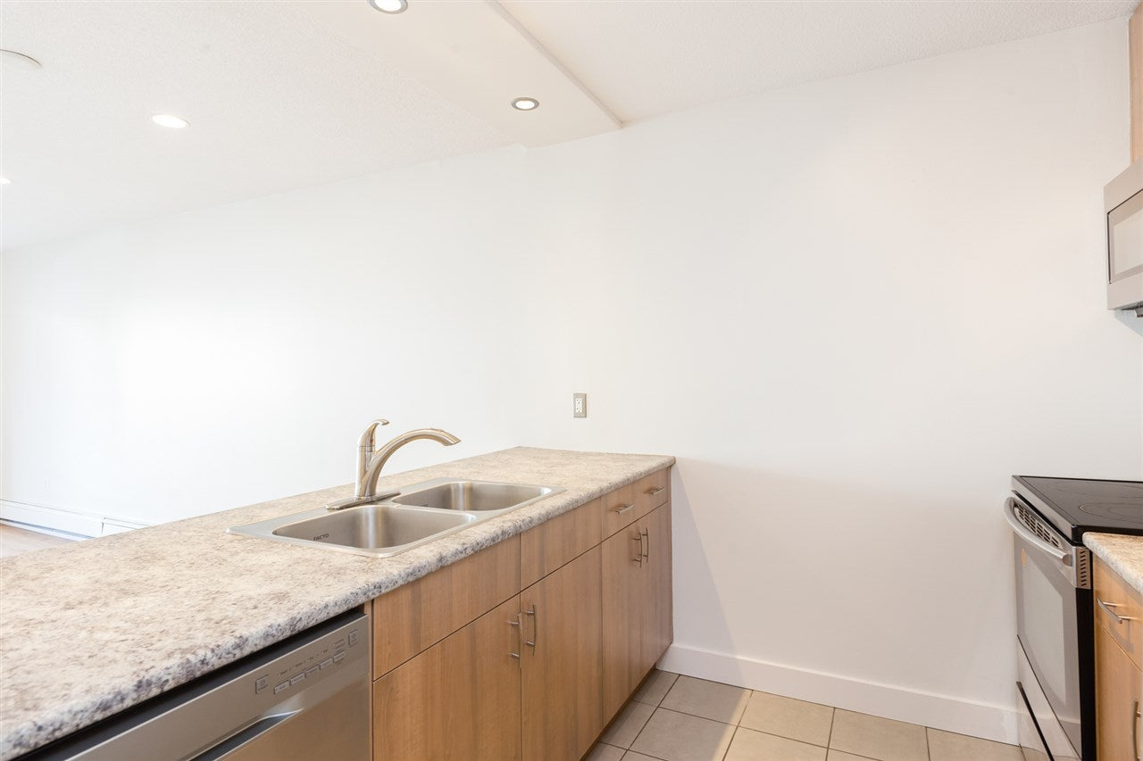 307 360 E 2ND STREET - Lower Lonsdale Apartment/Condo for sale, 1 Bedroom (R2421375) - #4