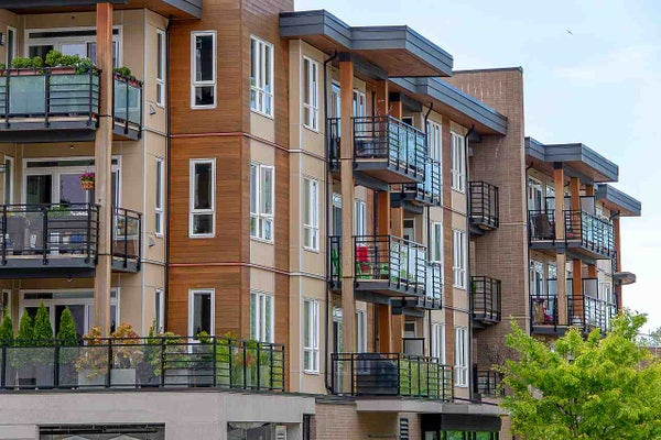 209 733 W 14TH STREET - Mosquito Creek Apartment/Condo for sale, 2 Bedrooms (R2421425)