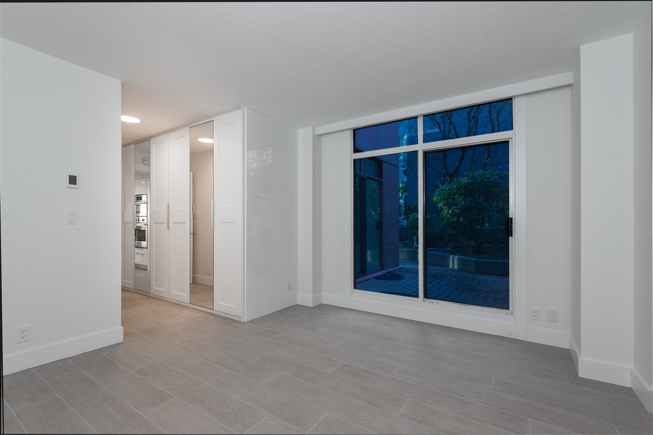 404 130 E 2ND STREET - Lower Lonsdale Apartment/Condo for sale, 2 Bedrooms (R2423141) - #15