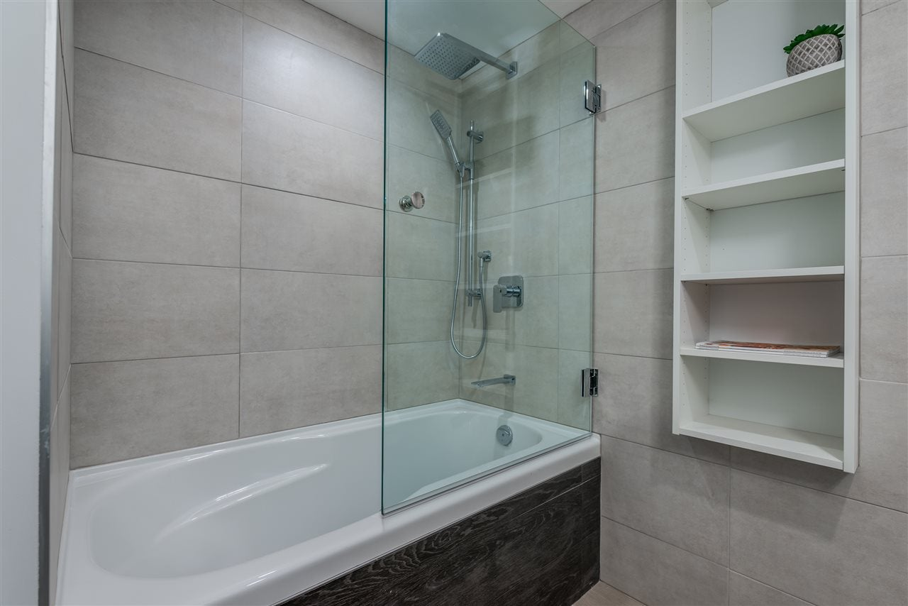 404 130 E 2ND STREET - Lower Lonsdale Apartment/Condo for sale, 2 Bedrooms (R2423141) - #18