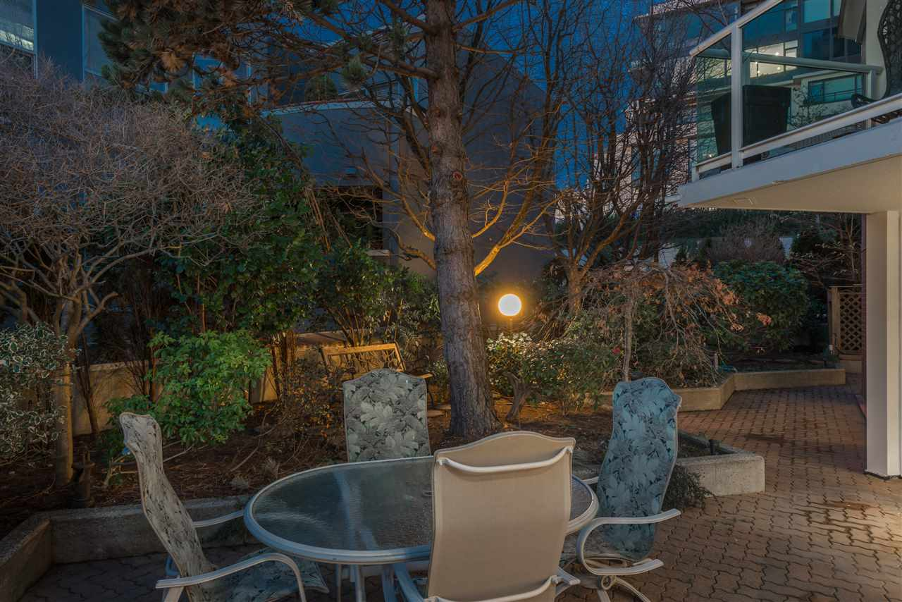 404 130 E 2ND STREET - Lower Lonsdale Apartment/Condo for sale, 2 Bedrooms (R2423141) - #3