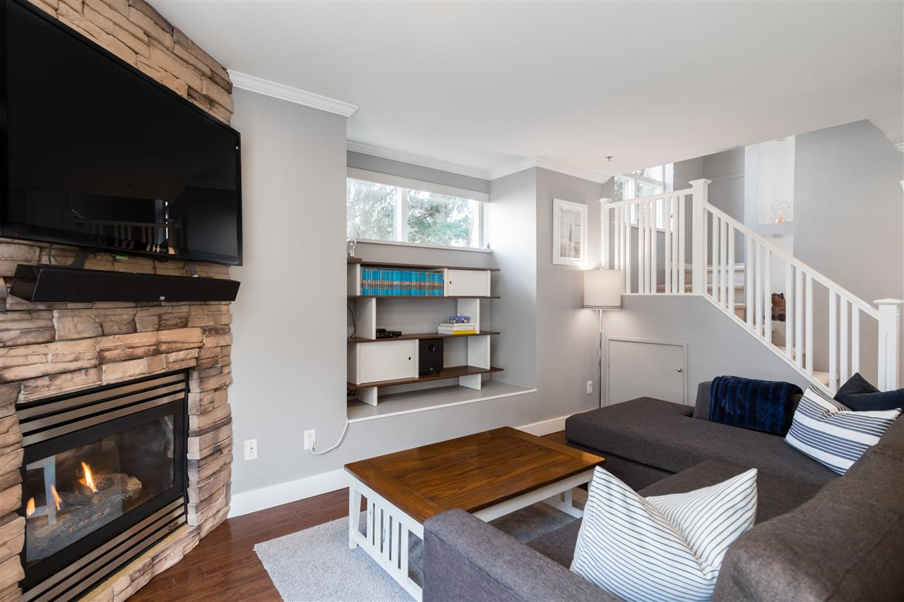 4 1073 LYNN VALLEY ROAD - Lynn Valley Townhouse for sale, 2 Bedrooms (R2435814) - #7