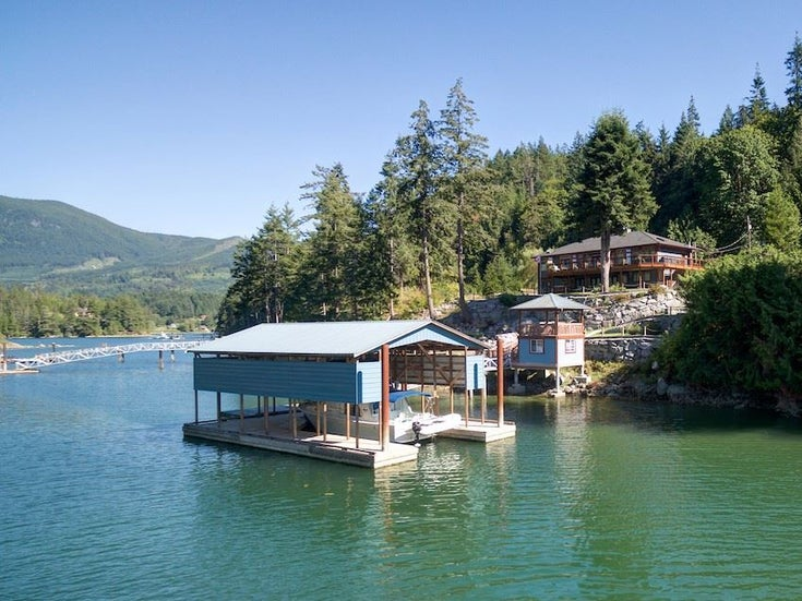 12853 SUNSHINE COAST HIGHWAY - Pender Harbour Egmont House with Acreage for sale, 5 Bedrooms (R2435860)