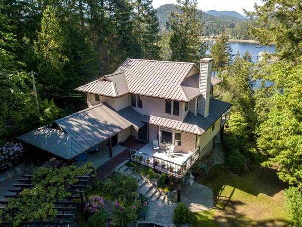 12689 SUNSHINE COAST HWY 101 - Pender Harbour Egmont House with Acreage for sale, 3 Bedrooms (R2436302)