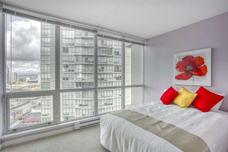 2109 9981 WHALLEY BOULEVARD - Whalley Apartment/Condo for sale, 2 Bedrooms (R2437673)