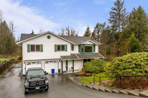 9023 HAMMOND STREET - Mission BC House with Acreage for sale, 3 Bedrooms (R2439530)
