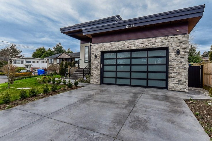 15832 PROSPECT CRESCENT - White Rock House/Single Family for sale, 6 Bedrooms (R2446397)