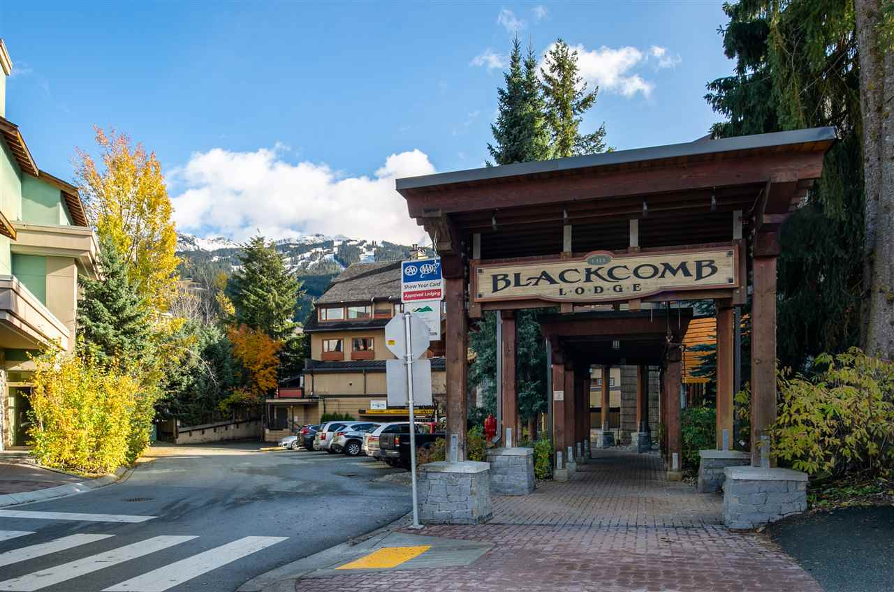225 4220 GATEWAY DRIVE - Whistler Village Apartment/Condo for sale, 2 Bedrooms (R2446398)