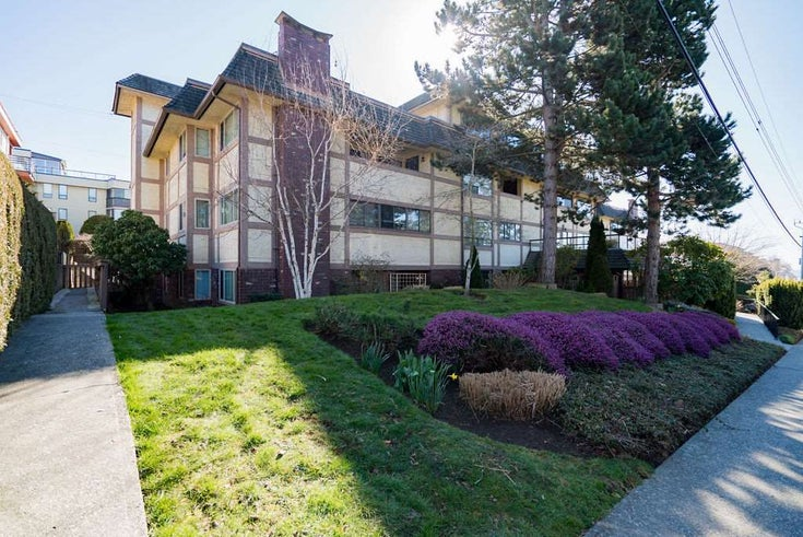 302 1368 FOSTER STREET - White Rock Apartment/Condo for sale, 2 Bedrooms (R2447060)