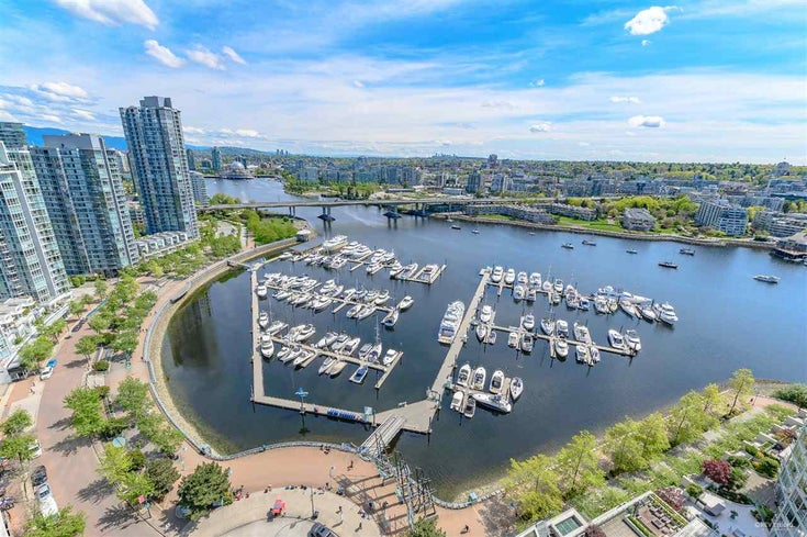 2805 1201 MARINASIDE CRESCENT - Yaletown Apartment/Condo for sale, 3 Bedrooms (R2448591)