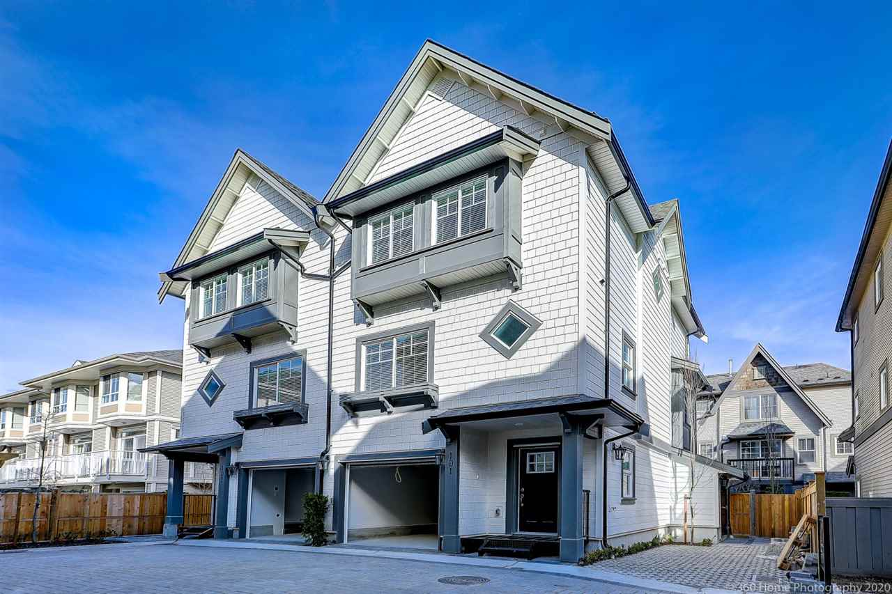 101 7777 TURNILL STREET - McLennan North Townhouse for sale, 3 Bedrooms (R2448634)