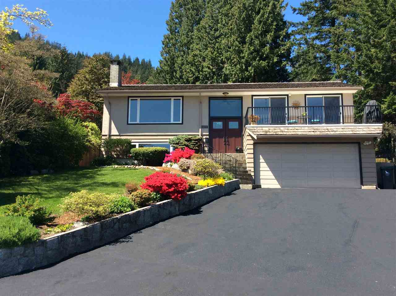 4577 MEADOWBANK CLOSE - Lynn Valley House/Single Family for sale, 4 Bedrooms (R2450102) - #1