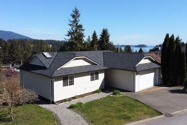 799 BAYVIEW HEIGHTS ROAD - Gibsons & Area House/Single Family for sale, 4 Bedrooms (R2450807)