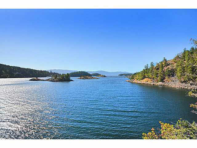LOT 1 PINEHAVEN PLACE - Pender Harbour Egmont for sale(R2453886)