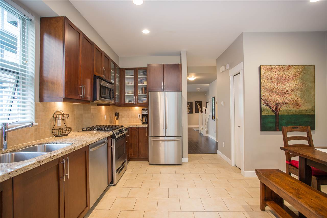 309 E 15TH STREET - Central Lonsdale Townhouse for sale, 3 Bedrooms (R2455196) - #8