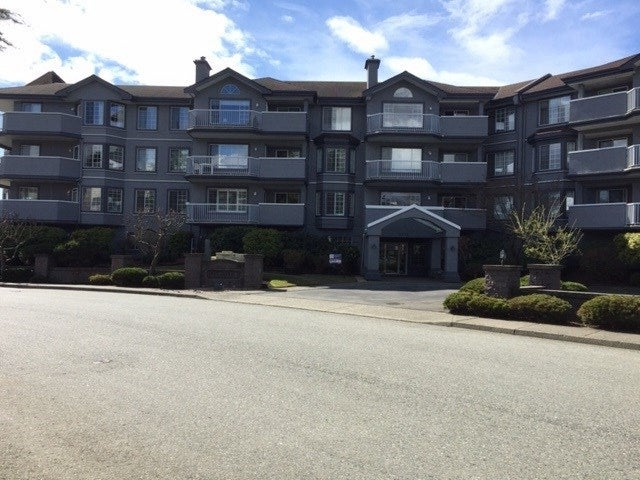 203 5375 205 STREET - Langley City Apartment/Condo for sale, 2 Bedrooms (R2455636)