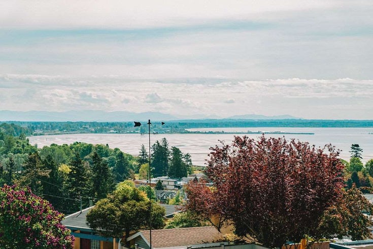 15584 SEMIAHMOO AVENUE - White Rock House/Single Family for sale, 6 Bedrooms (R2455704)