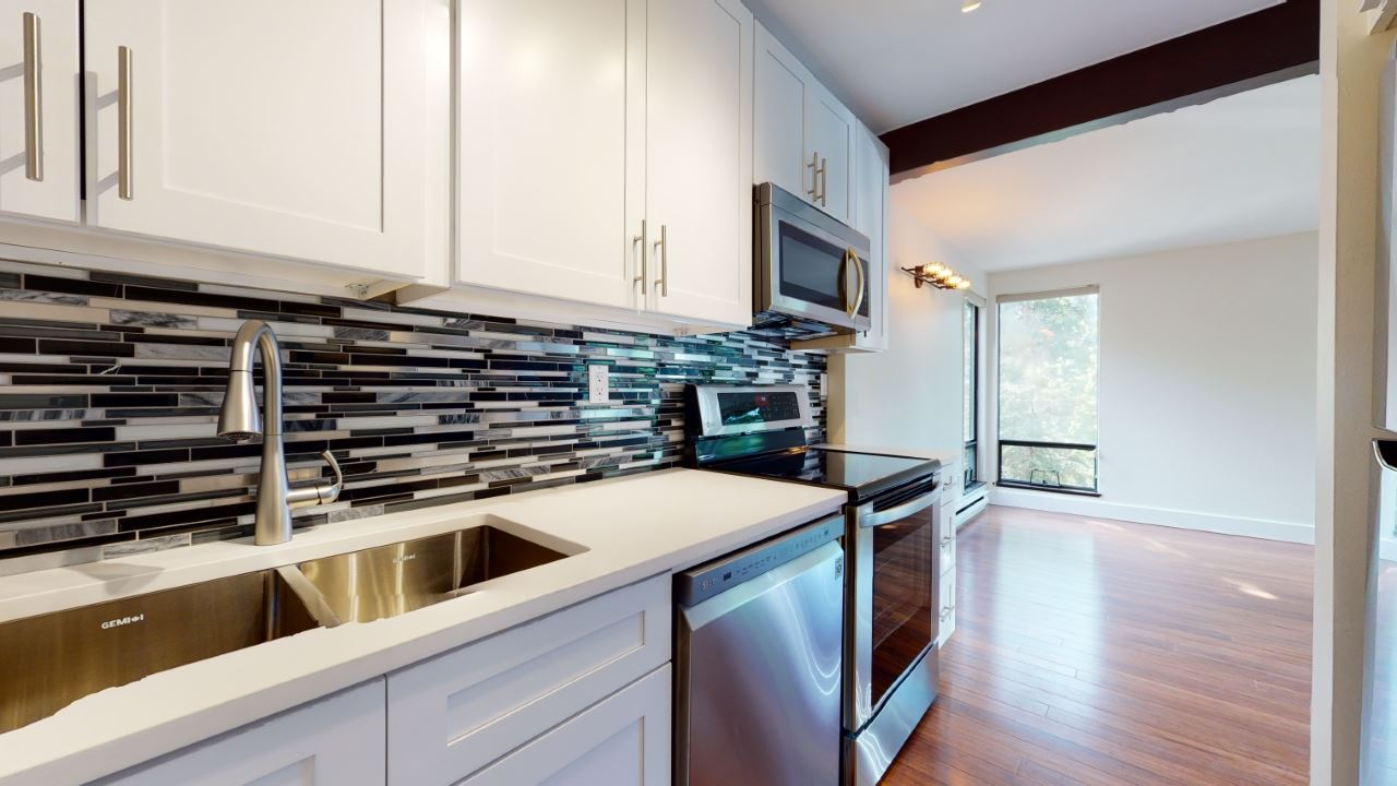 81 2400 CAVENDISH WAY - Nordic Townhouse for sale, 2 Bedrooms (R2457451)