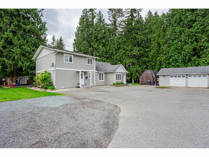 24599 56 AVENUE - Salmon River House with Acreage for sale, 5 Bedrooms (R2457746)