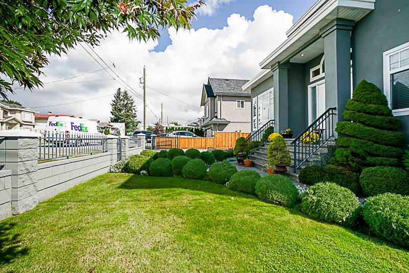 7744 18TH AVENUE - East Burnaby House/Single Family for sale, 6 Bedrooms (R2457943) - #4