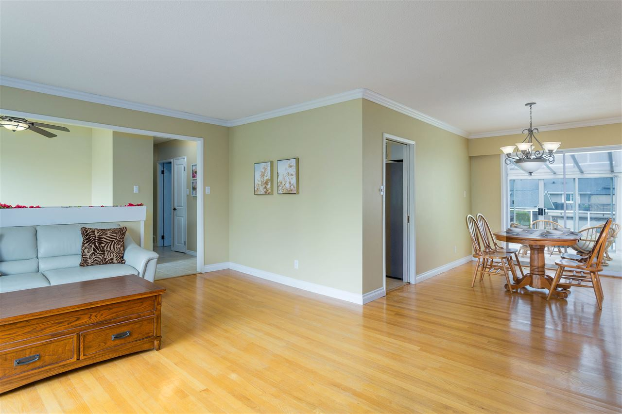 1101 SMITH AVENUE - Central Coquitlam House/Single Family for sale, 6 Bedrooms (R2458016) - #8