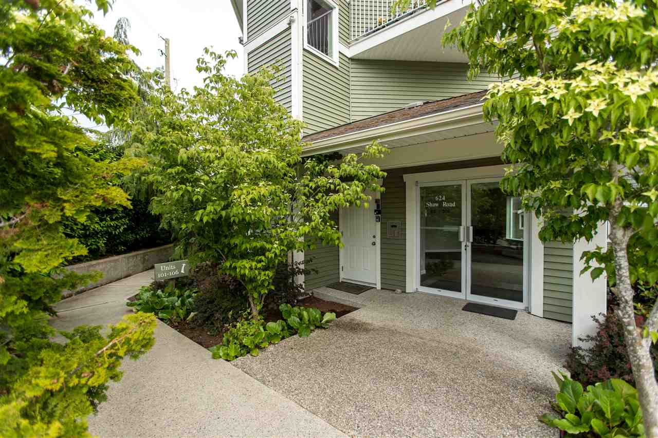 301 624 SHAW ROAD - Gibsons & Area Apartment/Condo for sale, 2 Bedrooms (R2458197) - #12