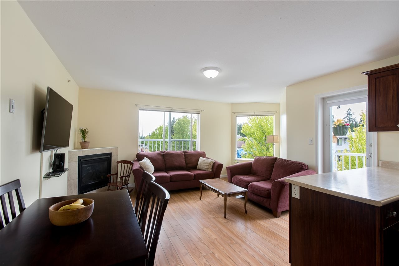 301 624 SHAW ROAD - Gibsons & Area Apartment/Condo for sale, 2 Bedrooms (R2458197) - #2