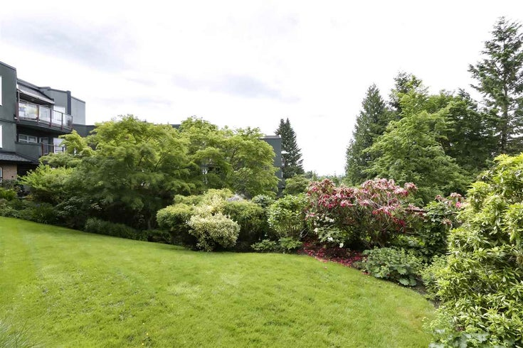 301 2800 CHESTERFIELD AVENUE - Upper Lonsdale Apartment/Condo for sale, 2 Bedrooms (R2460553)
