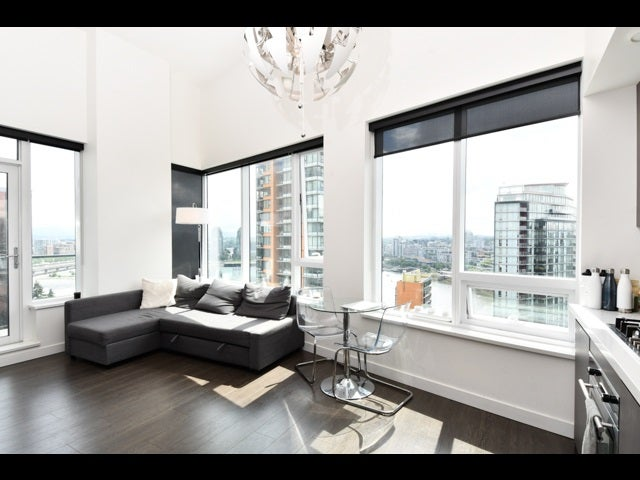 2053 38 SMITHE STREET - Downtown VW Apartment/Condo for sale, 1 Bedroom (R2463657)