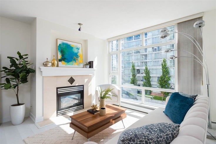707 1199 MARINASIDE CRESCENT - Yaletown Apartment/Condo for sale, 1 Bedroom (R2463668)