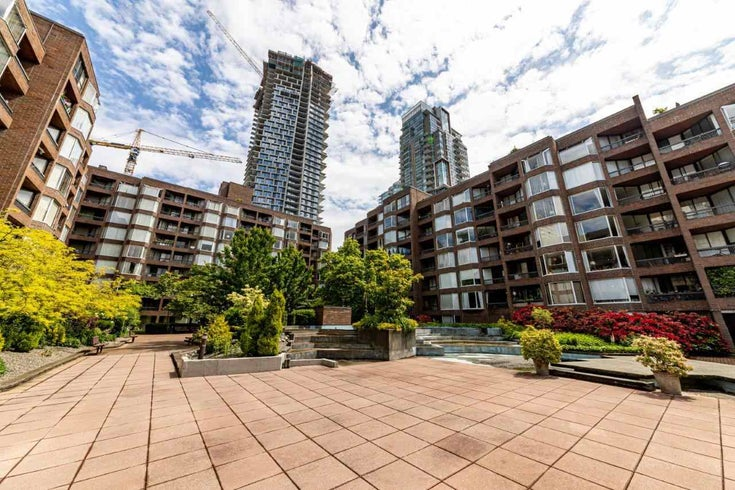 208 1333 HORNBY STREET - Downtown VW Apartment/Condo for sale, 1 Bedroom (R2463690)