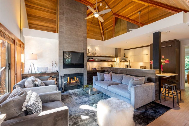 4627 MONTEBELLO PLACE - Whistler Village Townhouse for sale, 4 Bedrooms (R2463869)