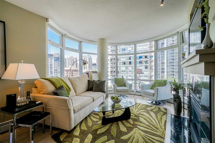 905 1199 MARINASIDE CRESCENT - Yaletown Apartment/Condo for sale, 1 Bedroom (R2465995)