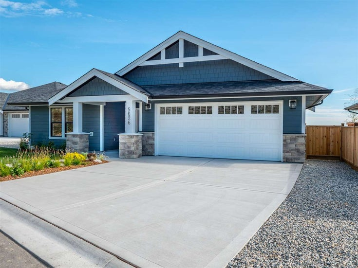5642 KINGBIRD CRESCENT - Sechelt District House/Single Family for sale, 3 Bedrooms (R2466056)