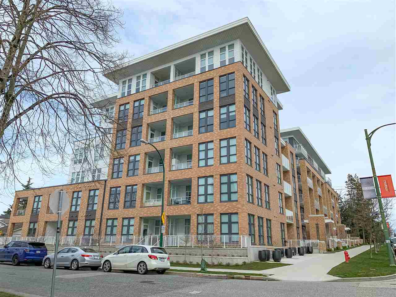 304 6999 CAMBIE STREET - South Cambie Apartment/Condo for sale, 3 Bedrooms (R2466141)