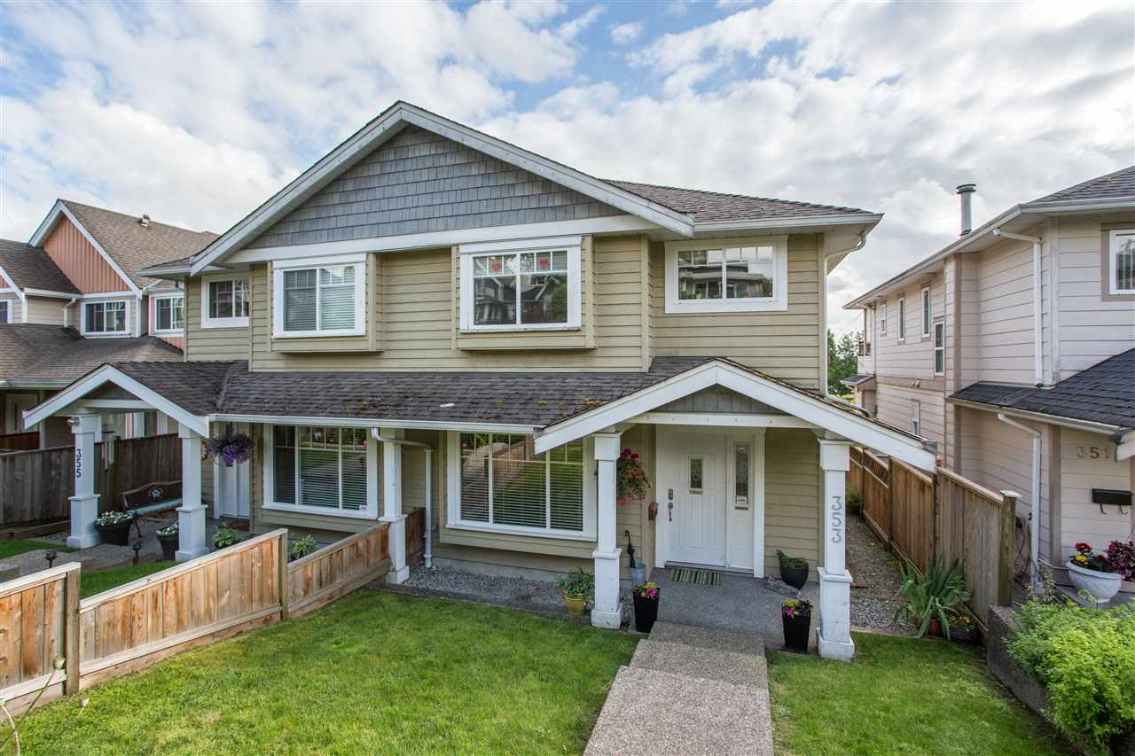 353 E 5TH STREET - Lower Lonsdale 1/2 Duplex for sale, 4 Bedrooms (R2466146) - #1