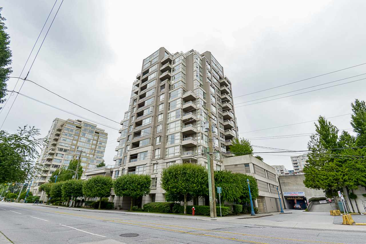 806 6119 COONEY ROAD - Brighouse Apartment/Condo for sale, 1 Bedroom (R2466489)