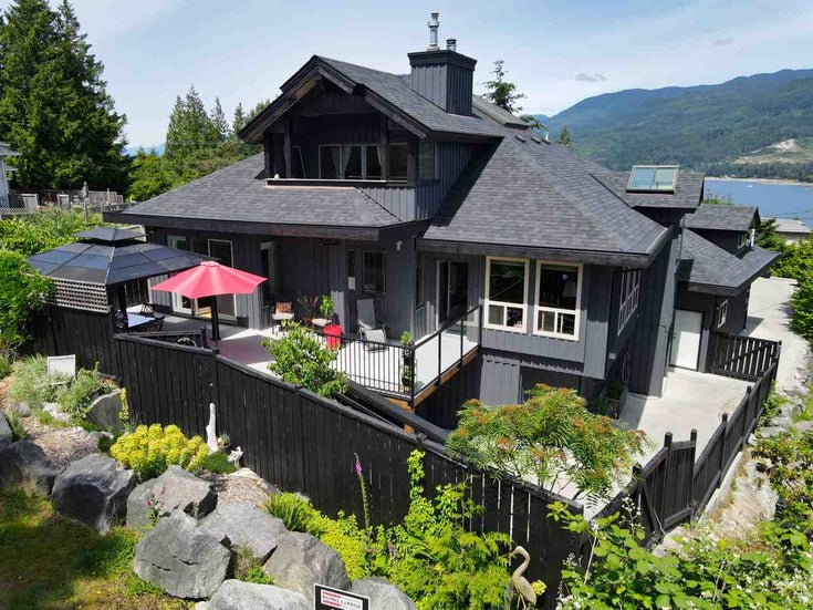 5781 TRAIL AVENUE - Sechelt District House/Single Family for sale, 5 Bedrooms (R2466722)