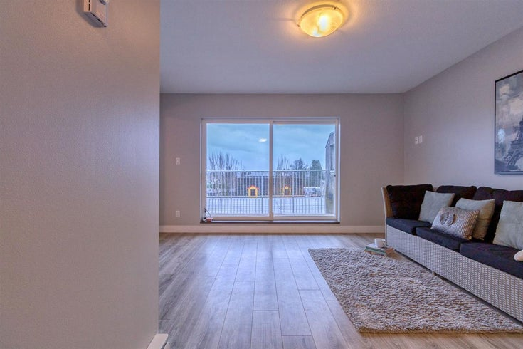 302 22347 LOUGHEED HIGHWAY - West Central Apartment/Condo for sale, 1 Bedroom (R2466885)