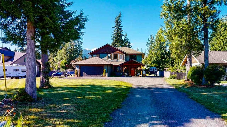 1238 GRANDVIEW ROAD - Gibsons & Area House/Single Family for sale, 3 Bedrooms (R2467266)