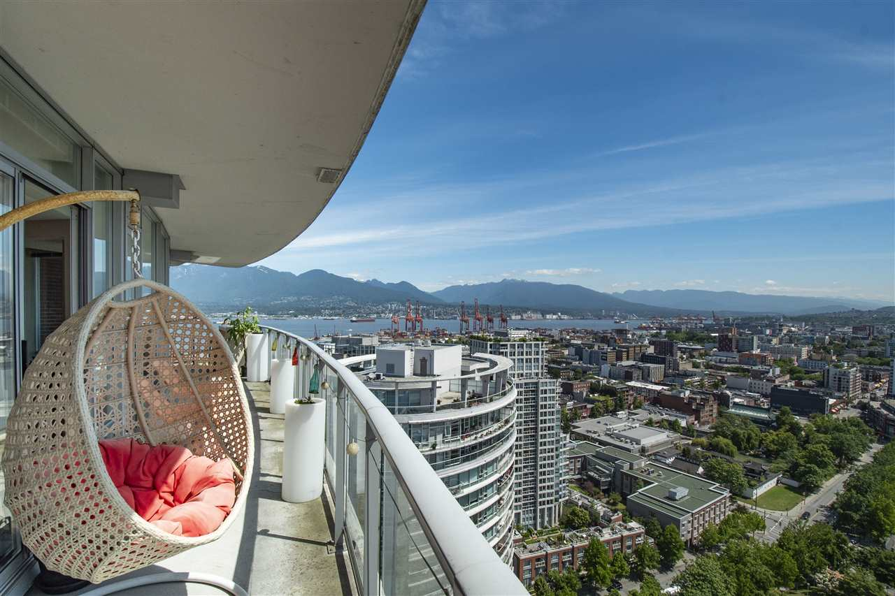3506 688 ABBOTT STREET - Downtown VW Apartment/Condo for sale, 2 Bedrooms (R2467486) - #1