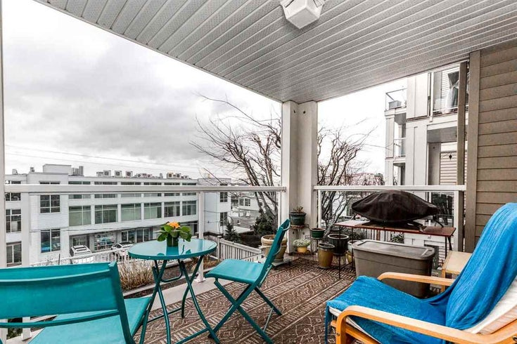 206 365 E 1ST STREET - Lower Lonsdale Apartment/Condo for sale, 2 Bedrooms (R2467662)